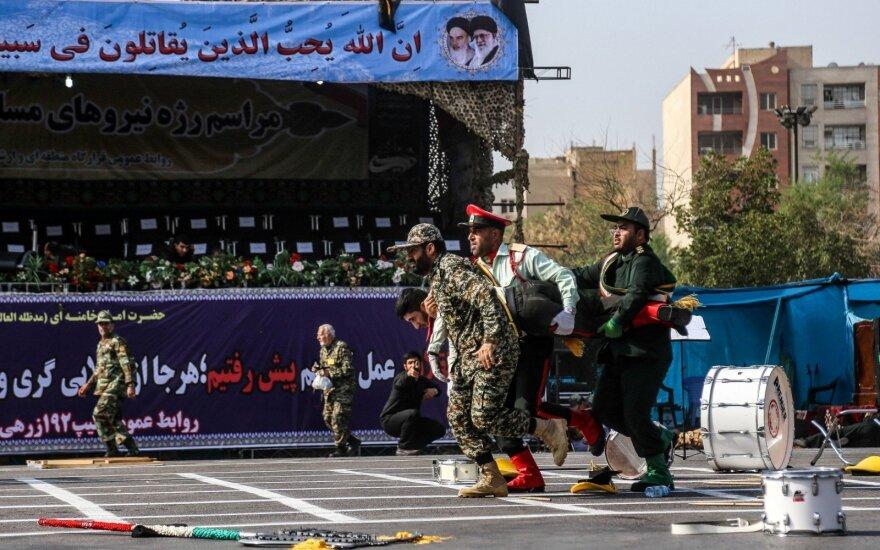 Už išpuolį Irano kariniame parade atsakomybę prisiėmė IS