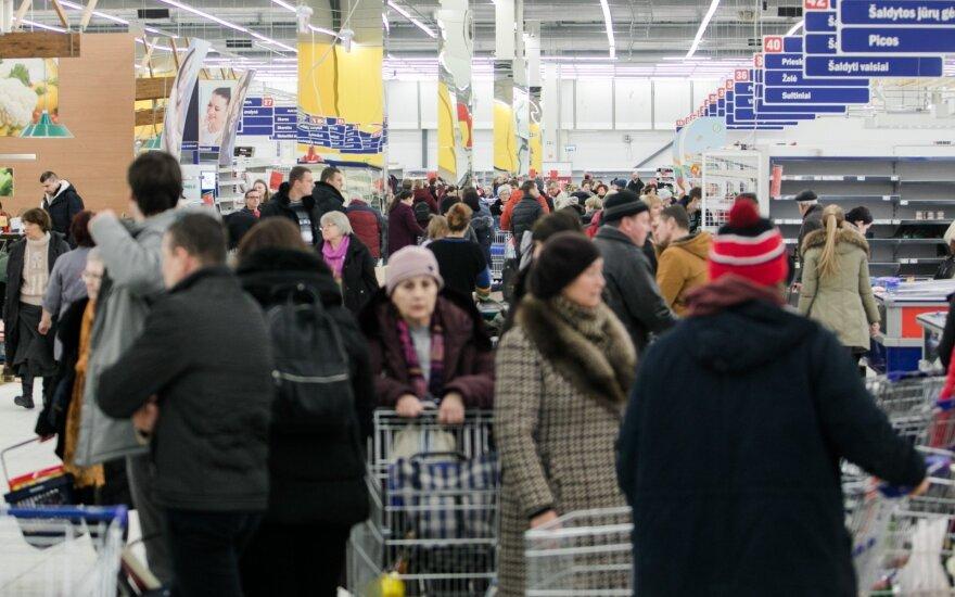 Šalies gyventojai teigiamai vertina praėjusių metų ekonominės padėties pasikeitimus