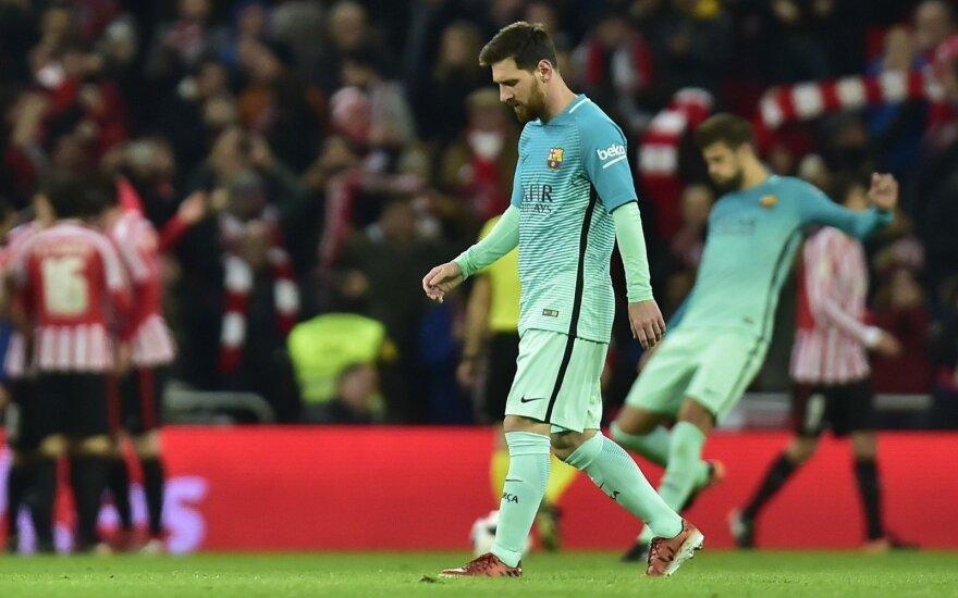 """L. Messi įmušė, bet """"Barca"""" pralaimėjo devyniems varžovams"""