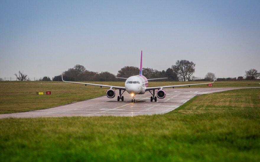 """""""Wizz Air"""" skelbia naujas skrydžių kryptis ir nuolaidas bilietams"""