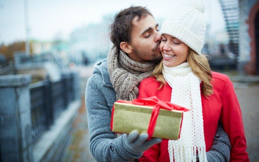 Kokių dovanų moterys iš tiesų laukia Valentino dienos proga?
