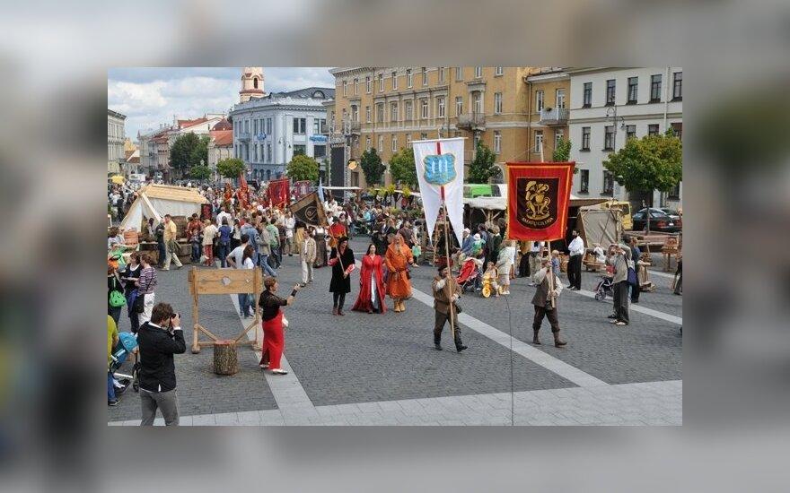 Amatininkai ateina į Rotušės a. Foto K. Barišauskas