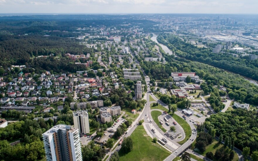 Sostinėje užsienietį užpuolę vyrai buvo sulaikyti, pareigūnai jų ieškojo visoje Lietuvoje