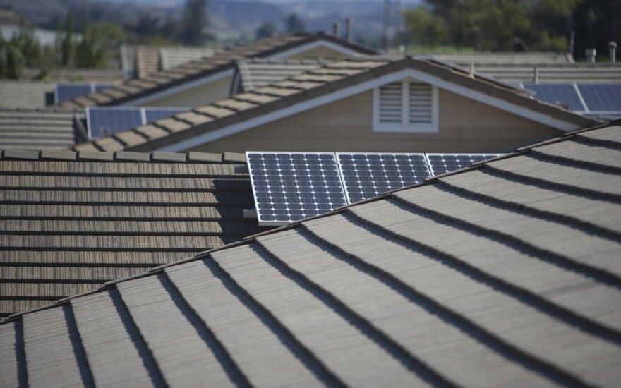 5 mitai apie saulės energiją