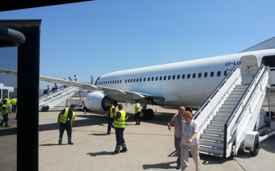 Kretoje skubiai leidosi Lietuvos bendrovei priklausantis orlaivis