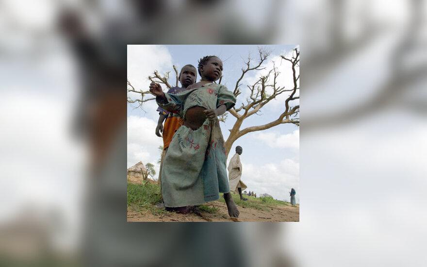 Be namų likę mažieji sudaniečiai