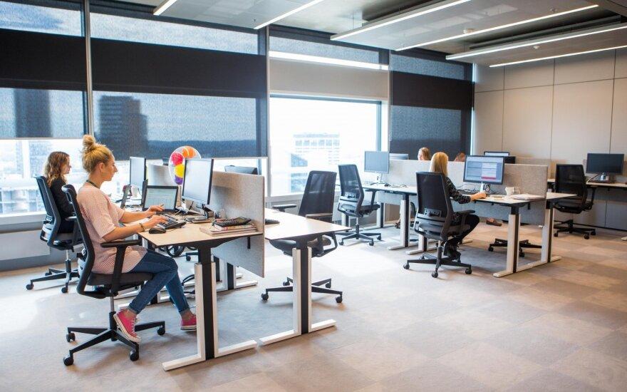 Įspėja darbdavius: ateityje darbuotojas dirbs ir jūsų konkurentams
