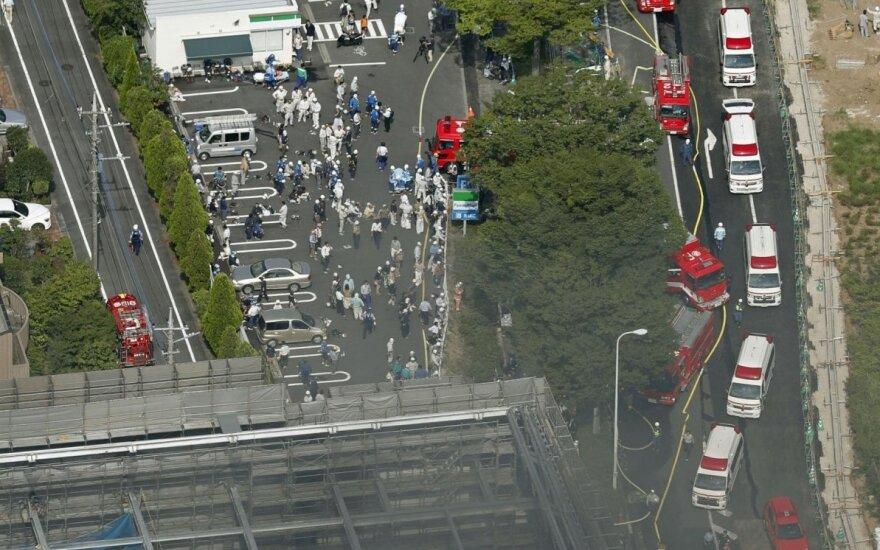 Per gaisrą Tokijo statybvietėje žuvo keturi žmonės, dešimtys sužeista