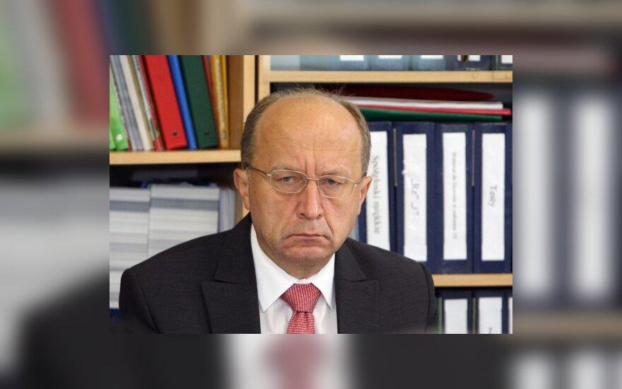 A.Kubiliui pasiūlyta ne integruoti Lietuvos lenkus, o gaudyti emigruojančius lietuvius