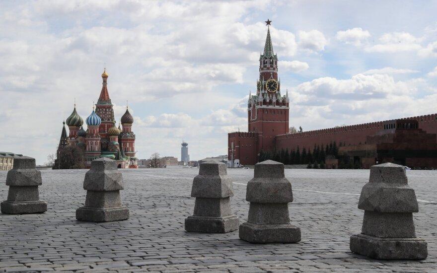 """Rusija – naujas """"karštasis taškas"""": ketvirtą dieną iš eilės skelbiama apie 10 tūkst. užsikrėtusiųjų"""
