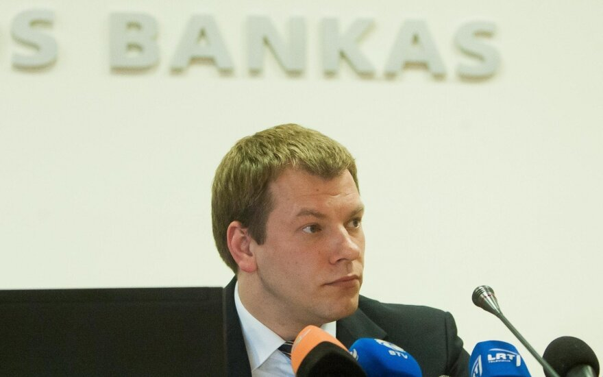 Former c.bank official Šapoka considering offer to become FinMin