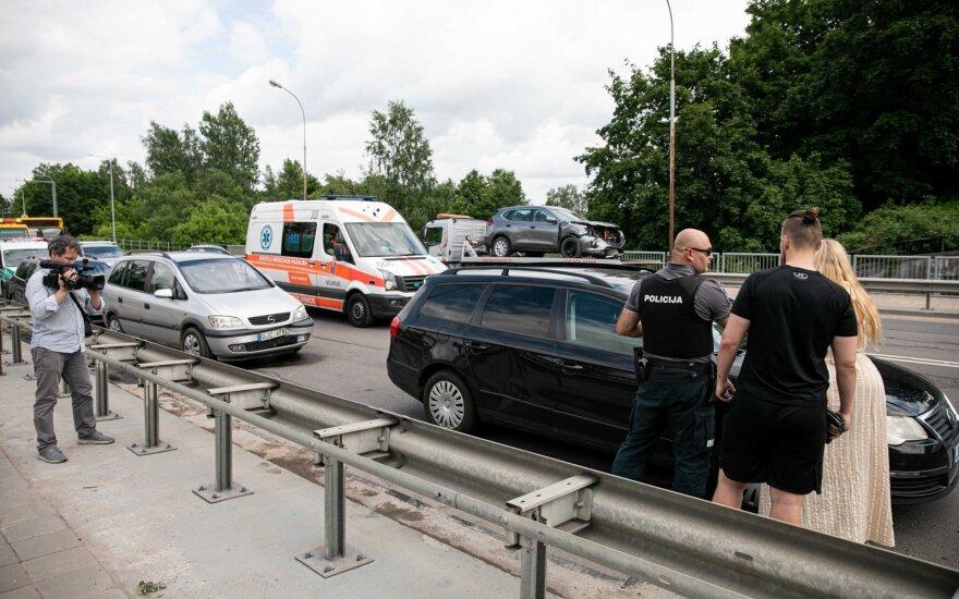 Vilniuje avariją sukėlusiam vairuotojui nustatytas pusketvirtos promilės girtumas