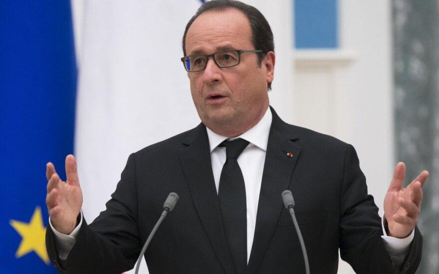 F. Hollande'as: Turkijos operacija Sirijoje gali įžiebti konflikto eskalaciją