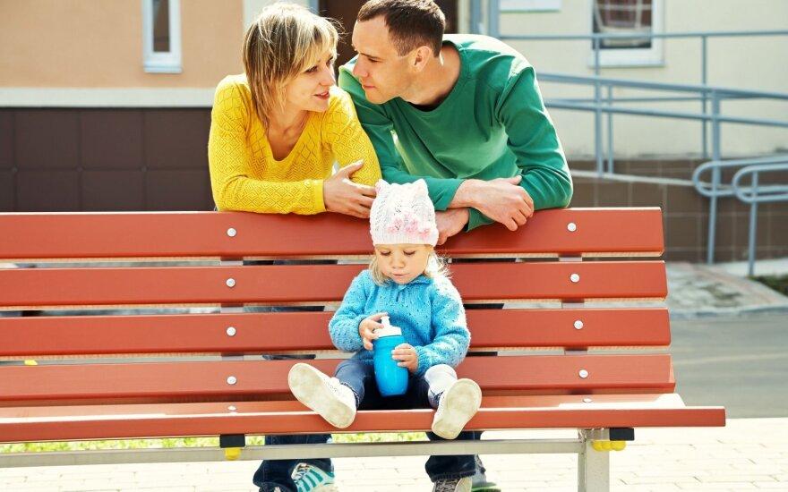 Šeimos pajamos – 2000 eurų: papasakojo, kaip išgyvena ir kam daugiausiai išleidžia
