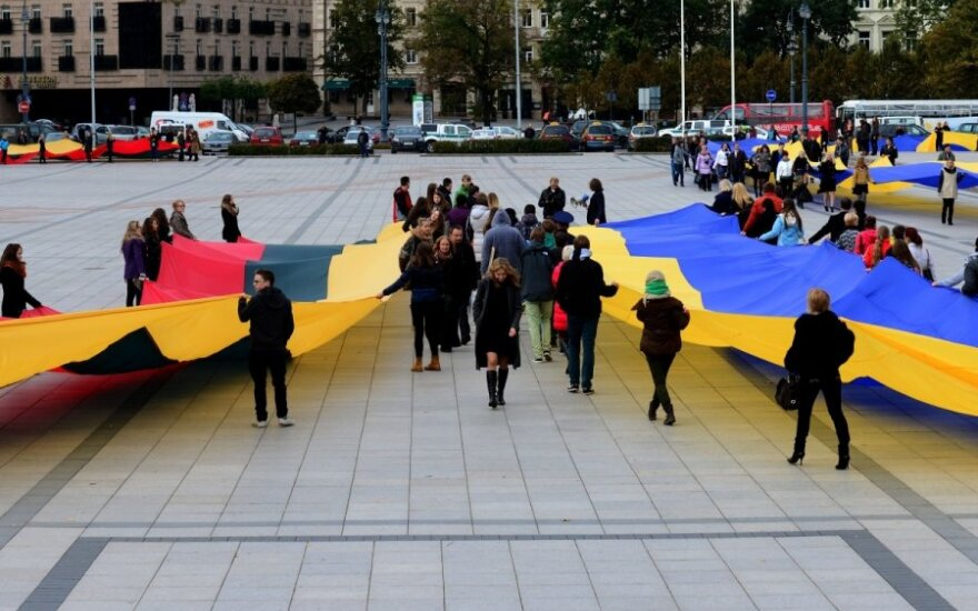 Lithuania and Ukraine sign bilateral cooperation plan for 2015