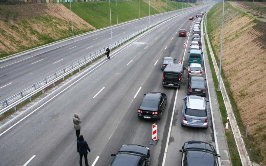 Pasirašyta sutartis dėl ES investicijų Vilniaus vakarinio aplinkkelio statyboms