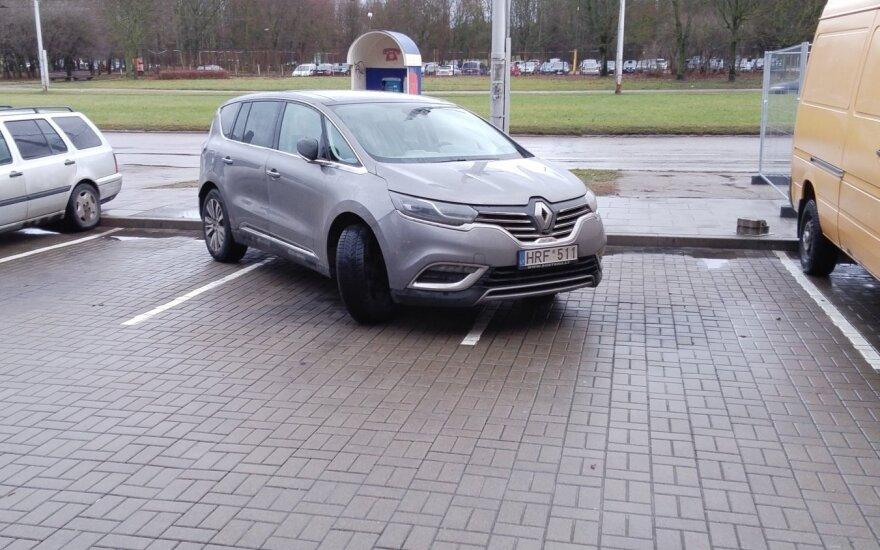 """Savaitės """"Baudos kvitas"""": mano automobiliui reikia daugiau vietos!"""
