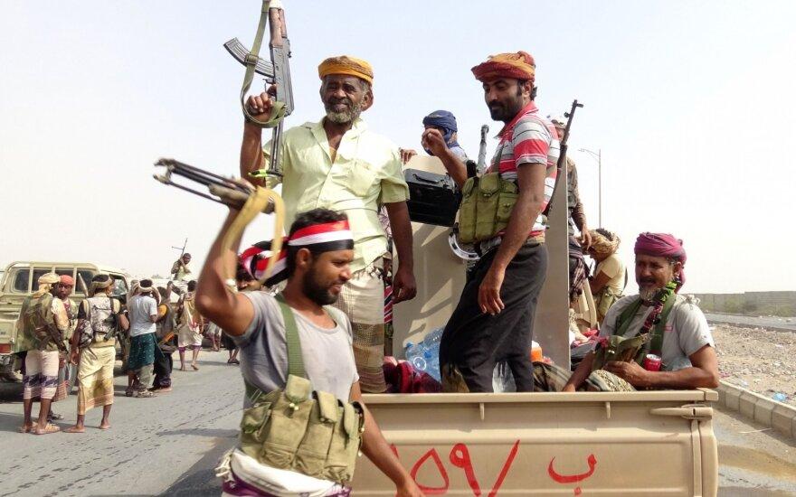Ruošiantis taikos deryboms tarp Jemeno konflikto šalių priešprieša vėl padidėjo