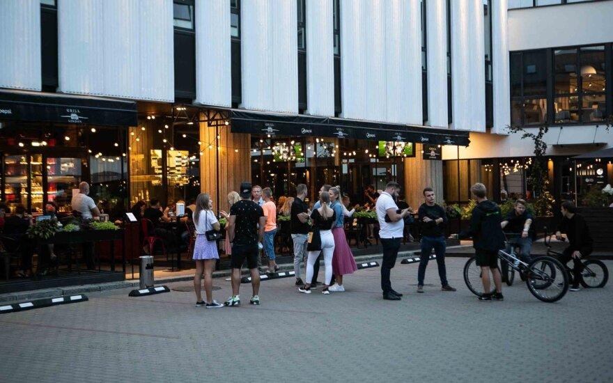 Veryga apie rekomendacijas Vilniaus baruose taikyti ribojimus: remiamasi epidemiologine logika