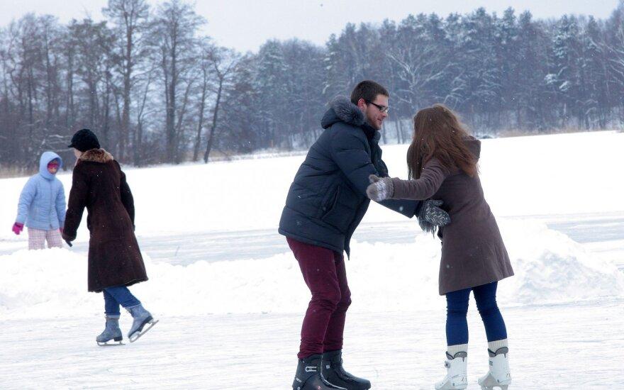Nesnauskite - nemokamos čiuožimo pamokos gamtoje!