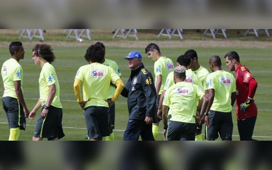 Luizas Felipe Scolari su auklėtiniais