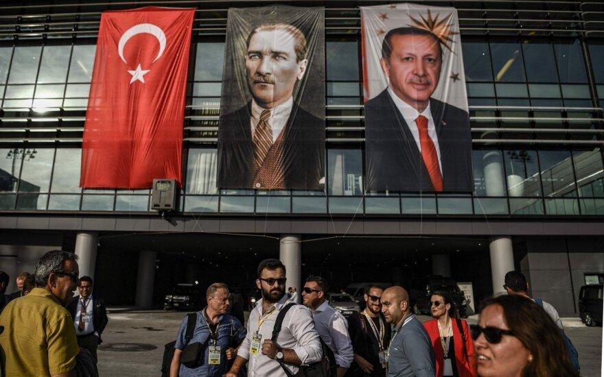 Infliacija Turkijoje nesustabdomai auga: birželį jau viršijo 15 proc.