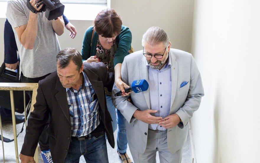 Po STT sulaikymo į laisvę paleidžiamas Panevėžio meras Račkauskas