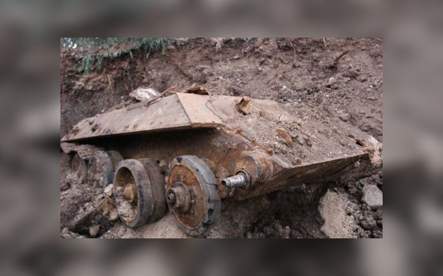 Izraelyje iškastas tankas