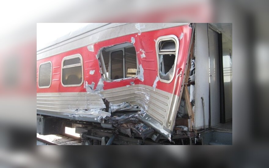 Pervažoje traukinys susidūrė su vilkiku, Kėdainių policijos nuotr.