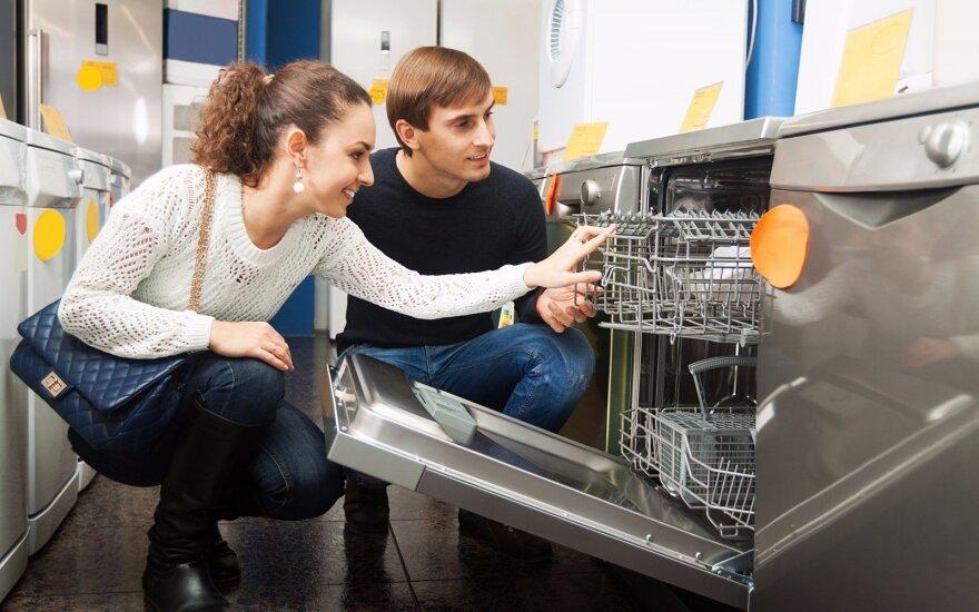 """Elektronika prekiaujančios """"ACC Distribution"""" pajamos per praeitus metus išaugo 8 milijonais"""