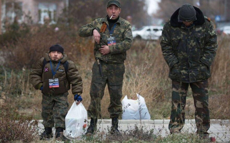 Ukraina: skelbiama apie dezertyruojančius separatistus
