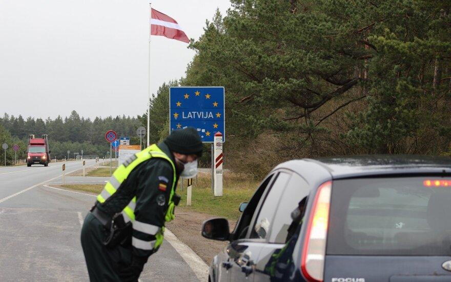 Griežtėja tvarka keliaujant į Latviją: pradės registraciją