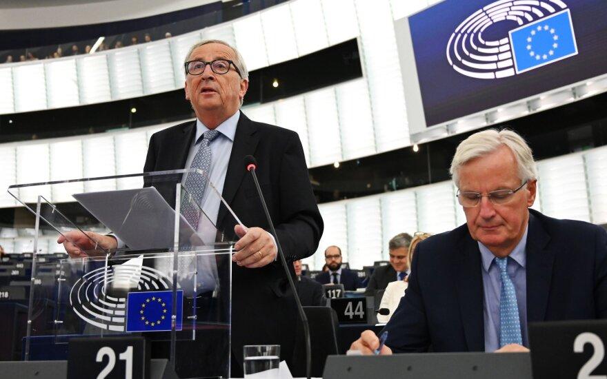 Jeanas-Claude'as Junckeris, Michelis Barnier