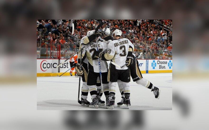 """""""Penguins"""" pergalės džiaugsmas"""