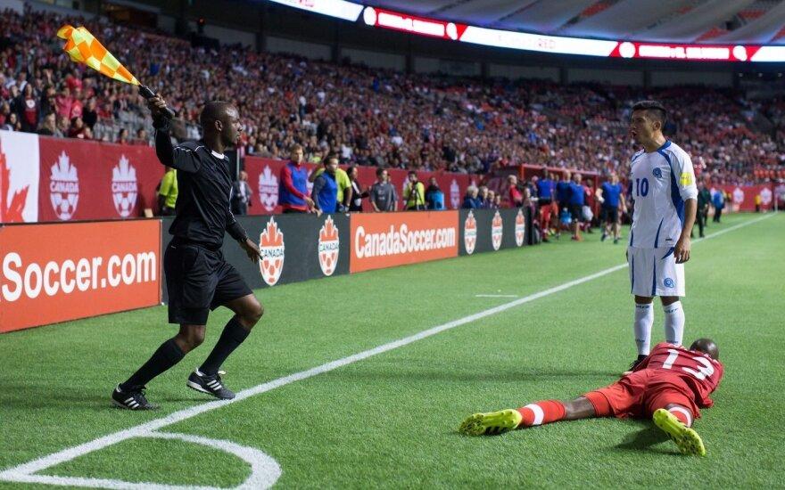 Rungtynių tarp Kanados ir Salvadoro futbolo rinktinių akimirka