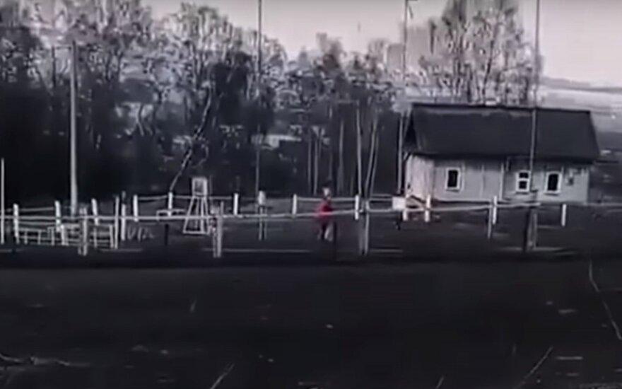 Miestai Sibire nusidažė juodai: socialiniuose tinkluose – siurrealistiniai vaizdai