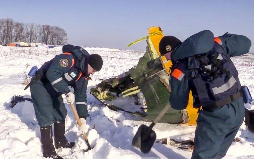 """""""Juodąsias dėžes"""" šifruojantys specialistai paskelbė pirmąją išvadą dėl Rusijos lėktuvo katastrofos"""