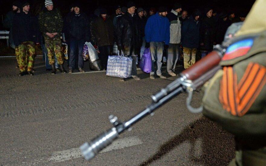 Ukrainoje tęsiamas apsikeitimas belaisviais