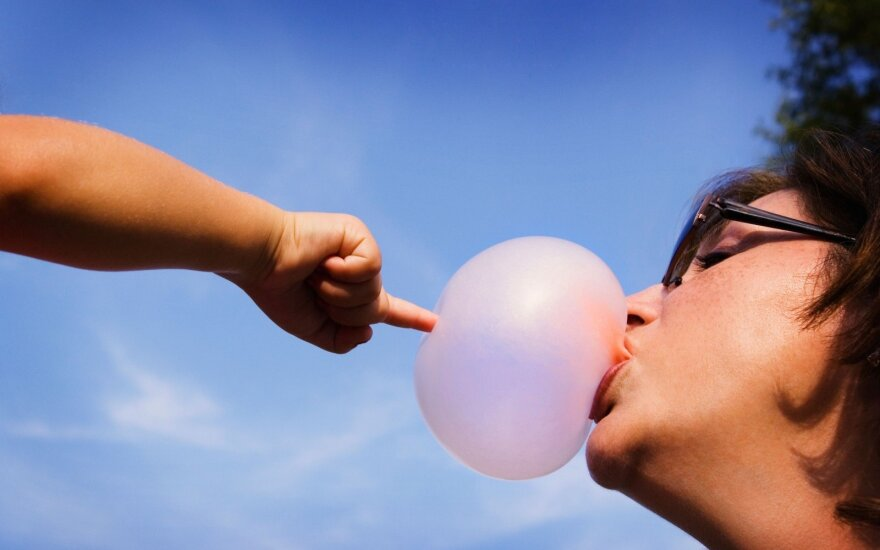 Ar žinote, kiek metų kramtomajai gumai?
