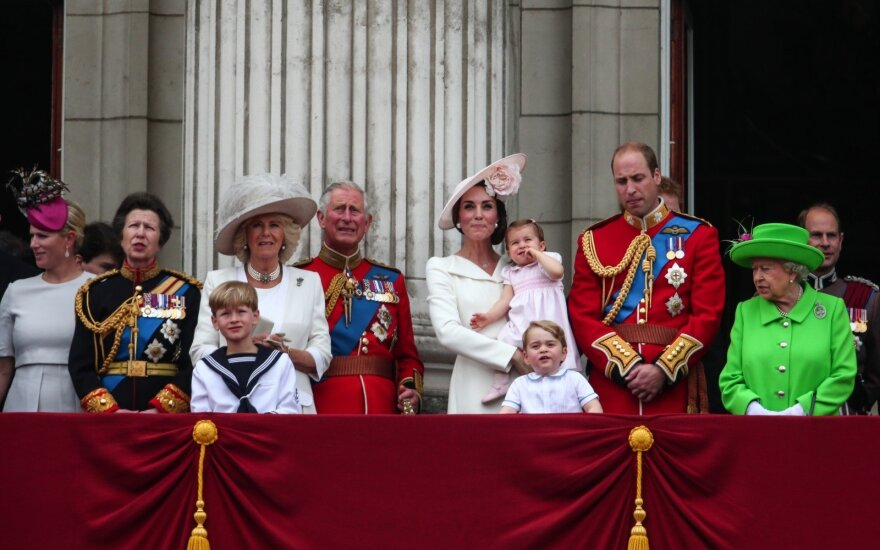 D. Britanijos monarchų pajamų šaltiniai: iš kur kasmet gaunama per 330 mln. eurų?