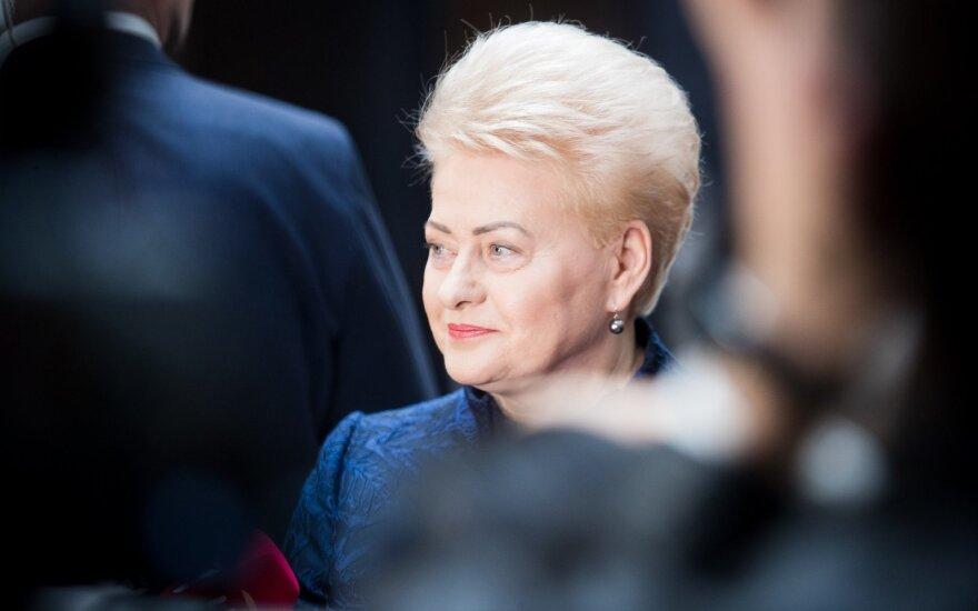 Grybauskaitė rengiasi vykti į Zelenskio inauguraciją