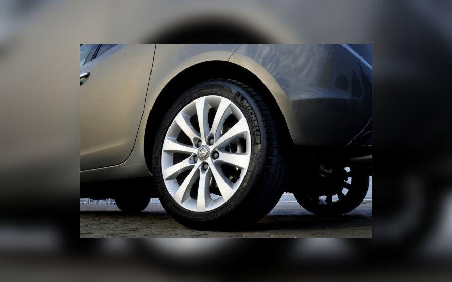 Latvija pirmauja pagal naujų automobilių rinkos augimą