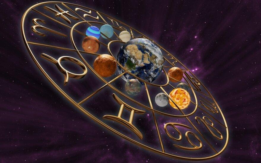 "<span style=""color: #333333; font-family: Roboto, Arial, sans-serif;"">Astrologės Lolitos prognozė rugsėjo 27 d.: sprendimų diena</span>"