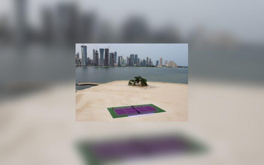Teniso turnyras Dohoje pradėtas maču negyvenamoje saloje
