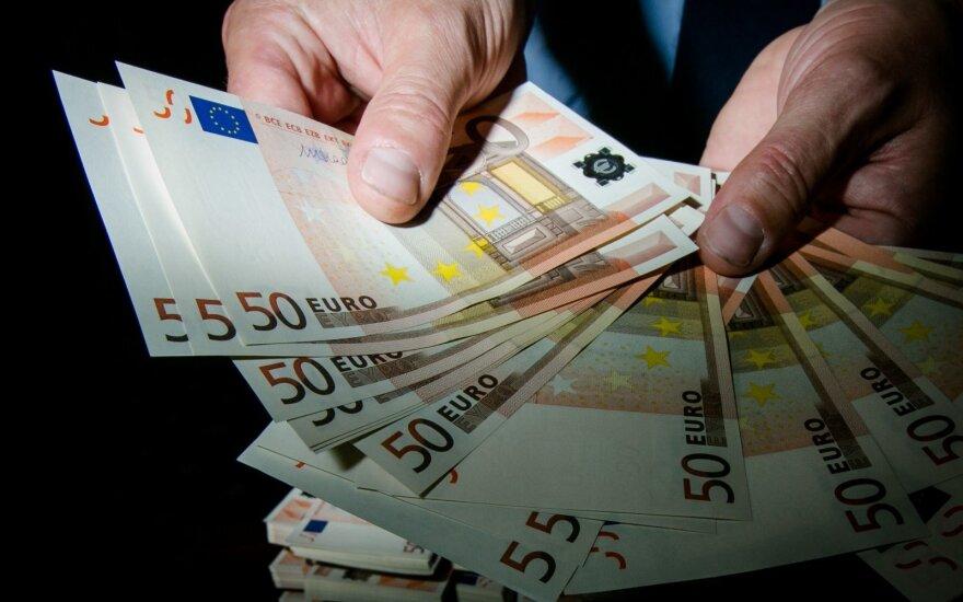 Baltijos šalys jungiasi į kovą su pinigų plovimu: taikinyje – ne vien bankai