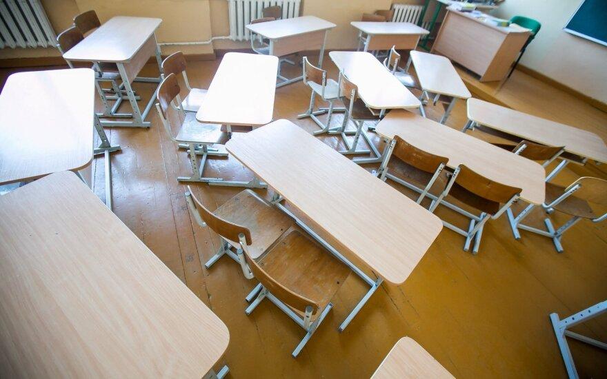 Mokytojo prestižas: mokytojais tapsime tik įgyvendinę paprastus dalykus