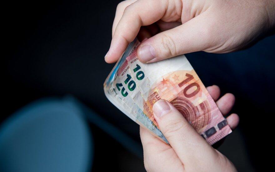 Vokietija nuo pandemijos nukentėjusioms įmonėms planuoja skirti po 50 000 eurų per mėnesį