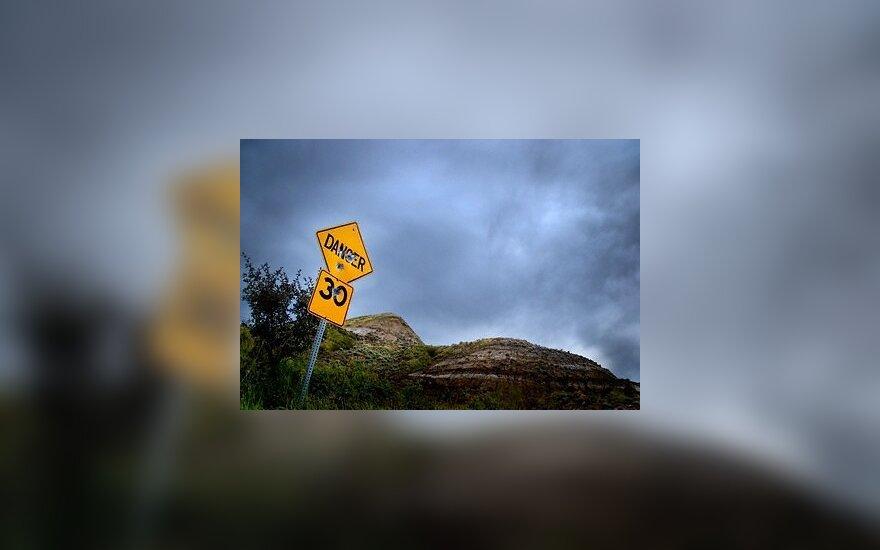 Kelias, pavojus