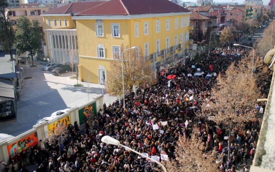 Albanijos universitetus apėmė studentų protestai