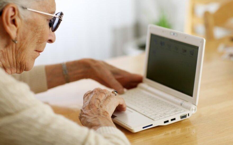 Skaitmeninė pažanga: 50 proc. ES piliečių naudotis kompiuteriais neįgudę